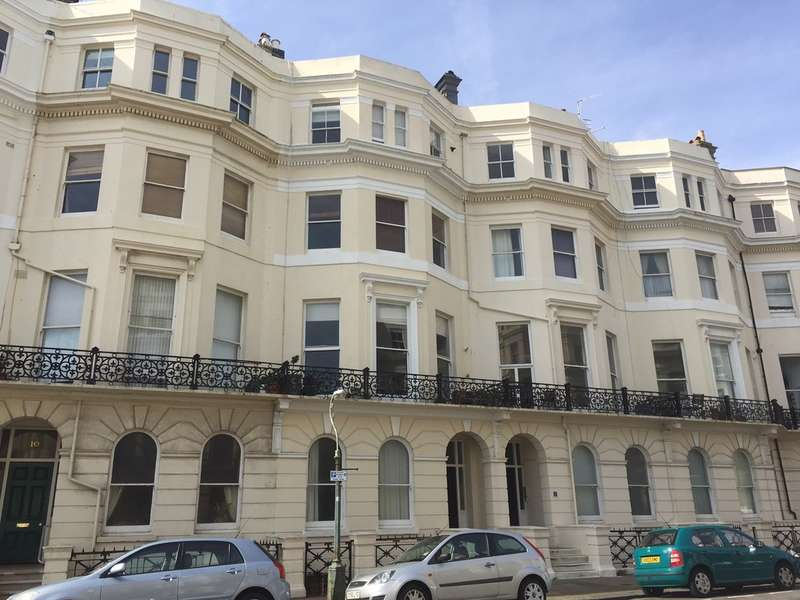 2 Bedrooms Flat for sale in Hove, East Sussex