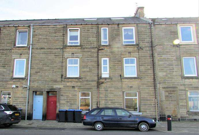 2 Bedrooms Flat for sale in 4/1 Earl Street, Hawick, TD9 9PZ