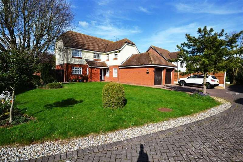 5 Bedrooms Detached House for sale in The Spinnaker, South Woodham Ferrers, Essex