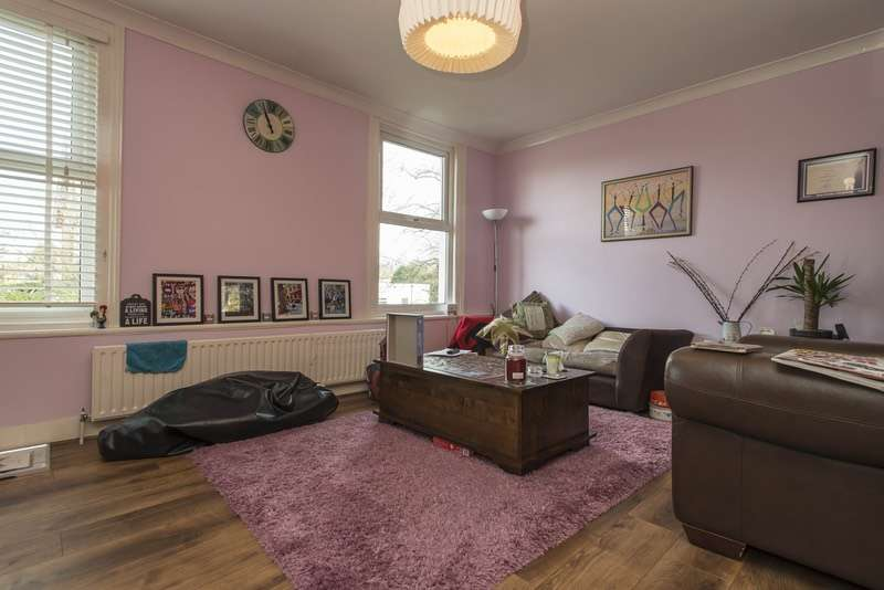 2 Bedrooms Maisonette Flat for sale in Chelsfield Road, Orpington, Kent, BR5