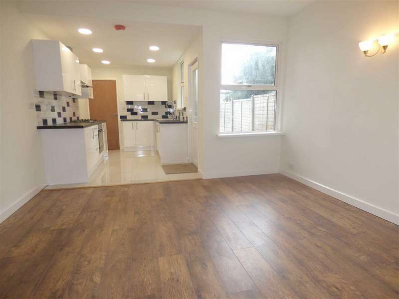 3 Bedrooms Semi Detached House for sale in The Crescent, Coventry
