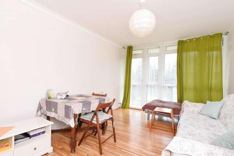 1 Bedroom Flat for sale in Winterfold Close, Southfields, SW19