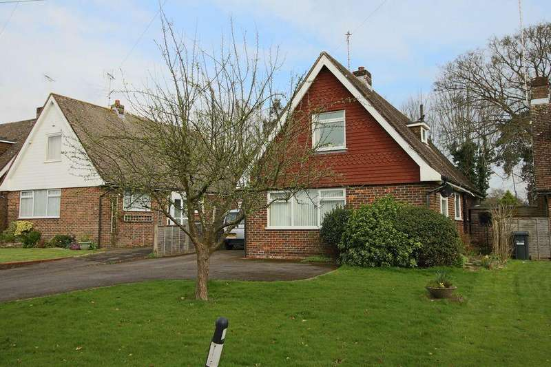 3 Bedrooms Detached House for sale in Lodge Lane, Keymer