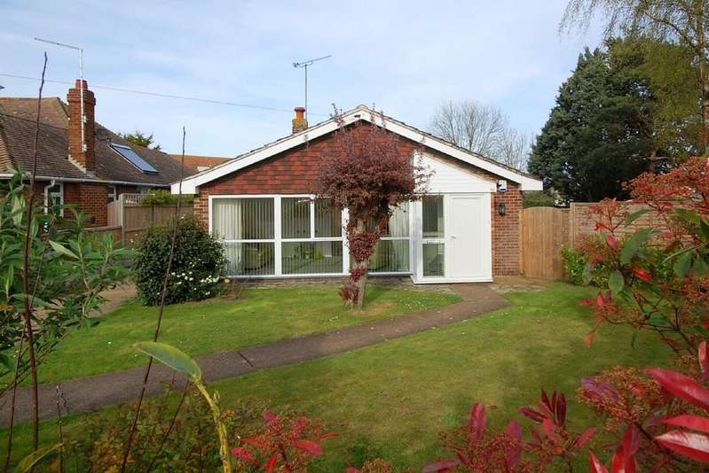 3 Bedrooms Detached Bungalow for sale in Mickleburgh Hill, Herne Bay
