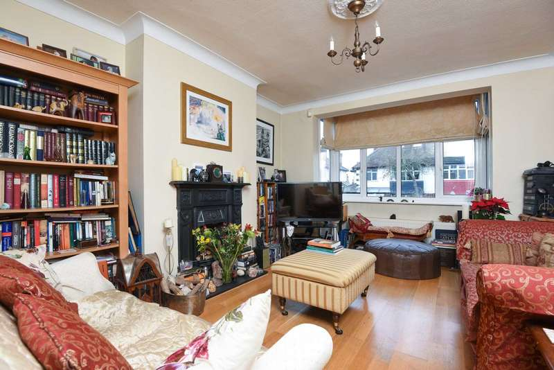 4 Bedrooms Semi Detached House for sale in Brantwood Road, Herne Hill