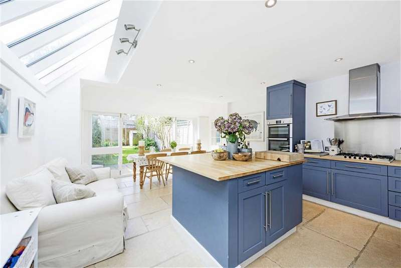 3 Bedrooms Property for sale in Hamble Street, Fulham, London, SW6