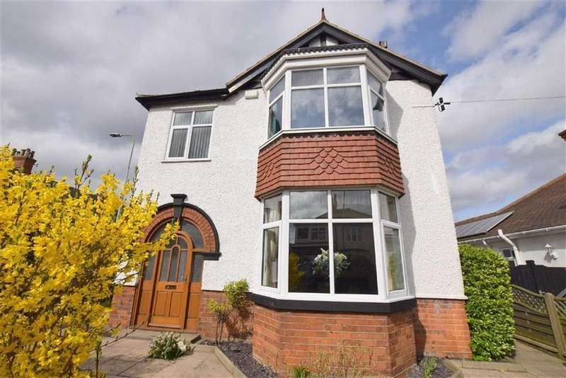 4 Bedrooms Detached House for sale in Queens Parade, Cleethorpes, North East Lincolnshire