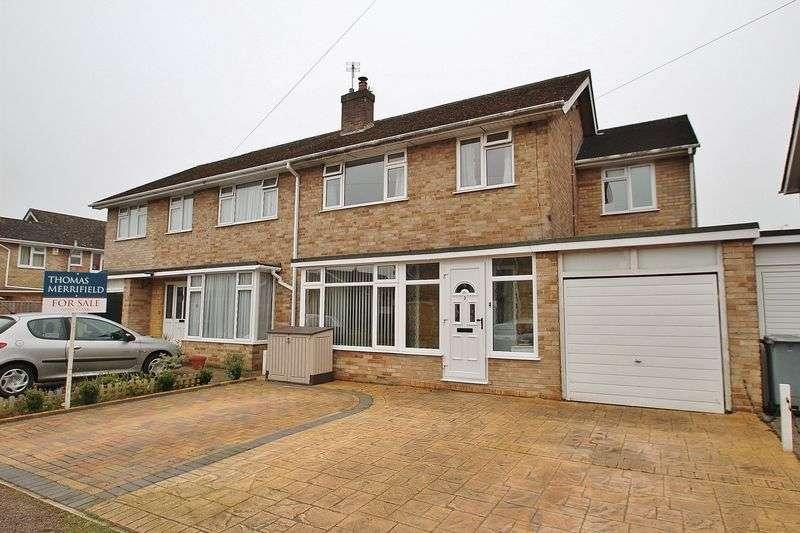 4 Bedrooms Semi Detached House for sale in LONG HANBOROUGH, Marlborough Crescent OX29 8JP