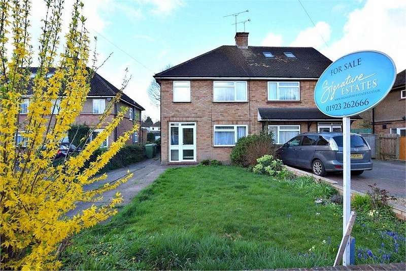 3 Bedrooms Semi Detached House for sale in Orchard Ave, Leavesden, Watford, Hertfordshire