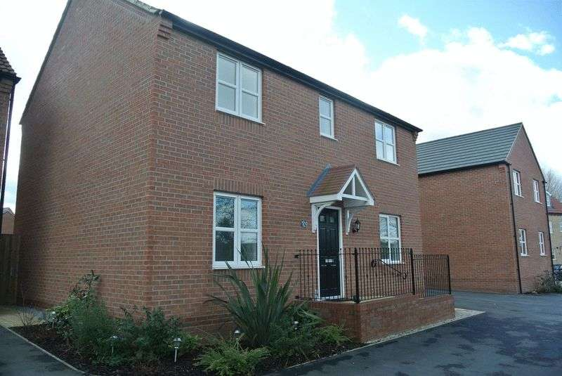 4 Bedrooms Detached House for sale in Reef Close, Warsop, NG20 0FL