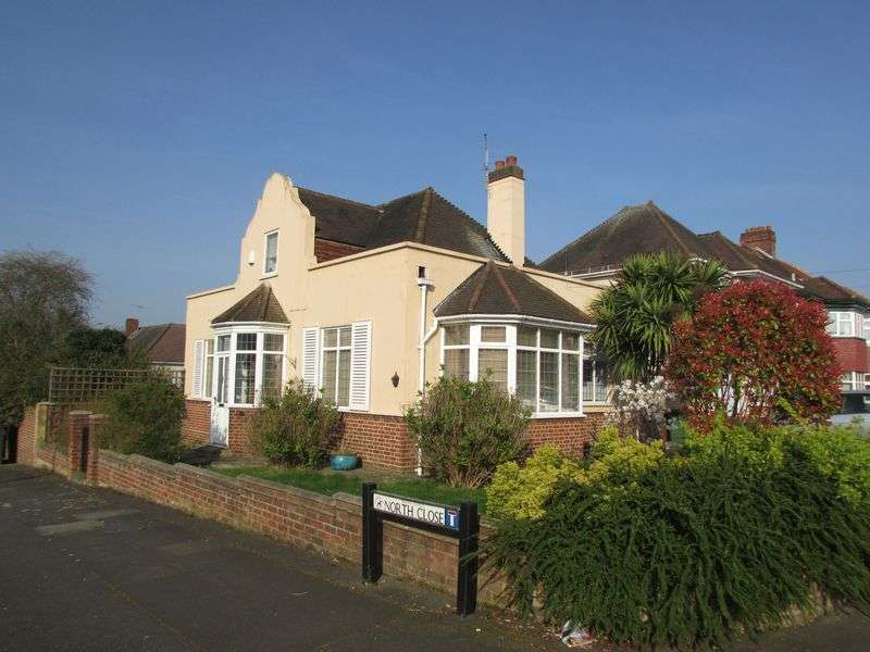 3 Bedrooms Detached House for sale in The Grove, Bexleyheath