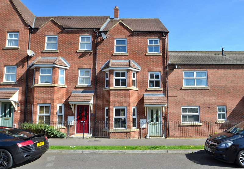 3 Bedrooms Town House for sale in Faulkner Drive, Bletchley Park