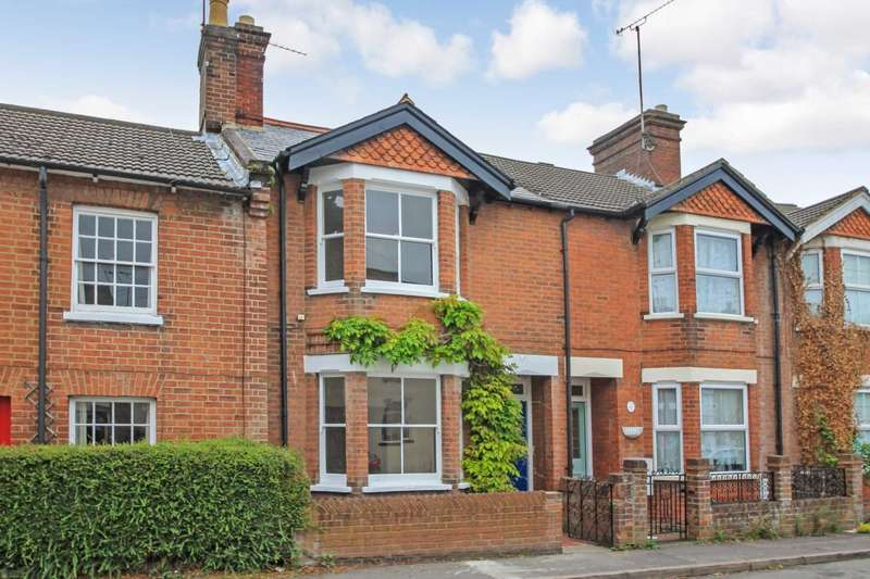 3 Bedrooms Terraced House for sale in Charles Street, Tring
