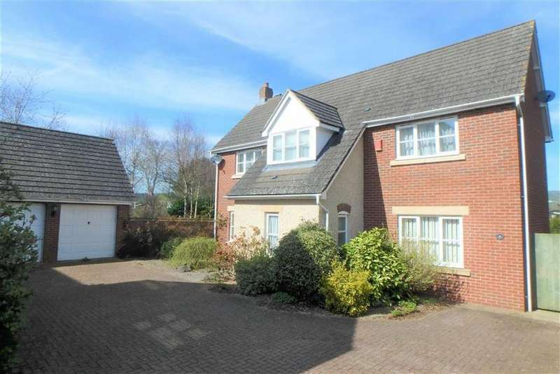 4 Bedrooms Detached House for sale in The Meadows, Hay-on-Wye, Hay-on-Wye, Herefordshire