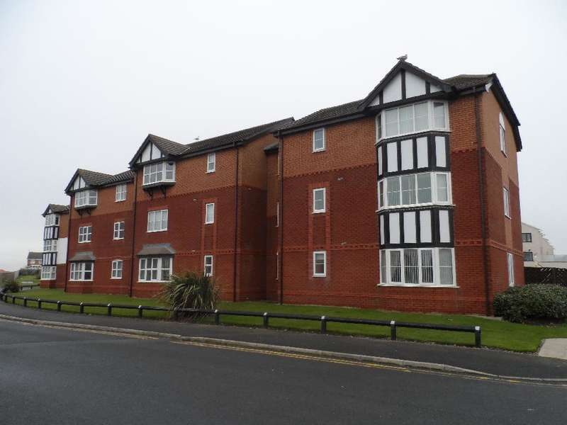 2 Bedrooms Flat for sale in Sandy Close, Cleveleys, FY5 1FF