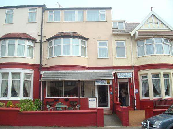 9 Bedrooms Hotel Commercial for sale in Gynn Ave, Blackpool, FY1 2LD