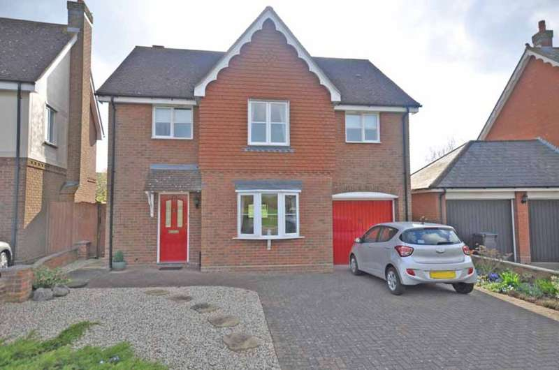 4 Bedrooms Detached House for sale in Notley Green, Great Notley, Braintree, CM77