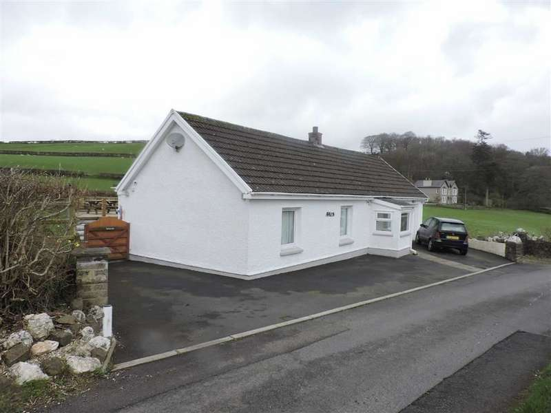 4 Bedrooms Property for sale in Maesycrugiau, Pencader