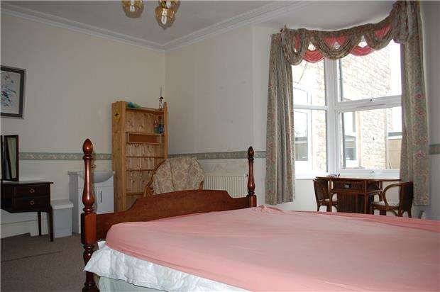 1 Bedroom Flat for rent in Room B Priory Road, Keynsham