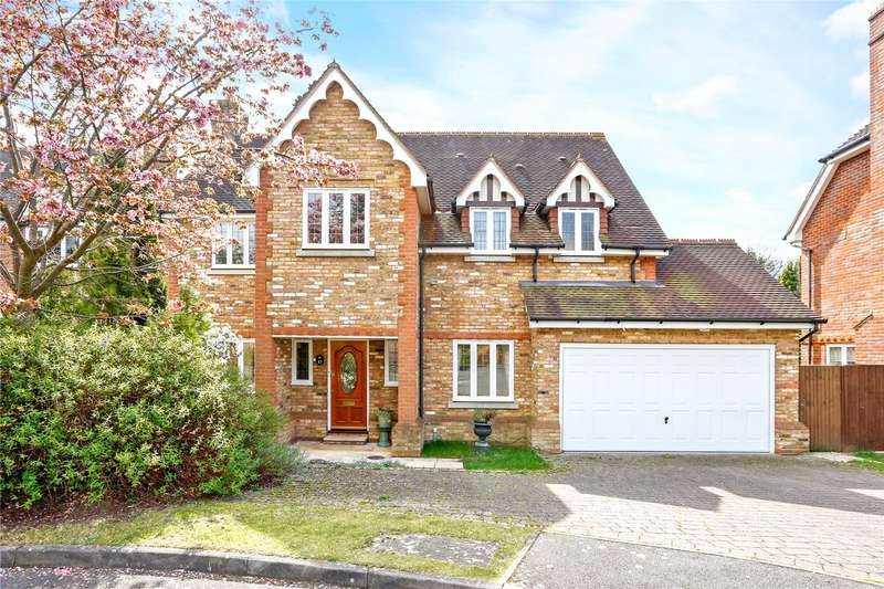 5 Bedrooms Detached House for sale in Kemsley Chase, Farnham Royal, Buckinghamshire, SL2