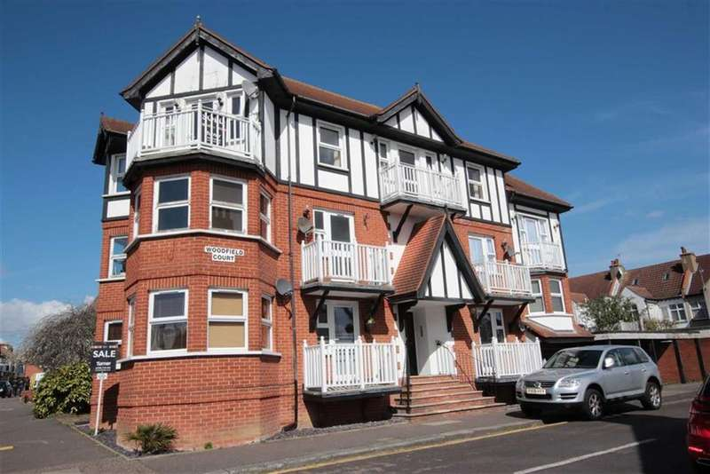 2 Bedrooms Apartment Flat for sale in Upland Road, Leigh-On-Sea, Essex