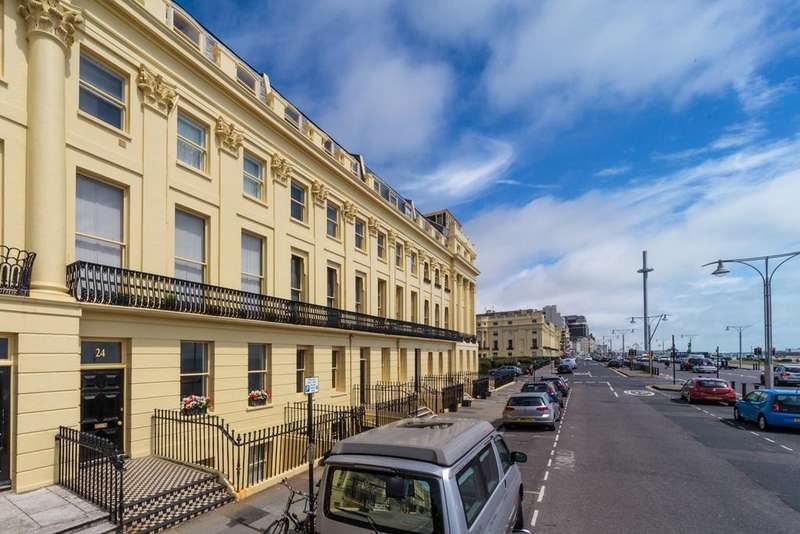 2 Bedrooms Flat for sale in Brunswick Terrace, HOVE, BN3