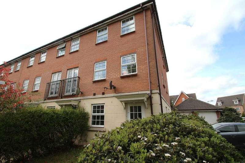 4 Bedrooms Town House for sale in Baird Grove, Grange Farm, Kesgrave, Ipswich