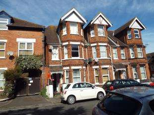 1 Bedroom Flat for sale in Broadmead Road, Folkestone