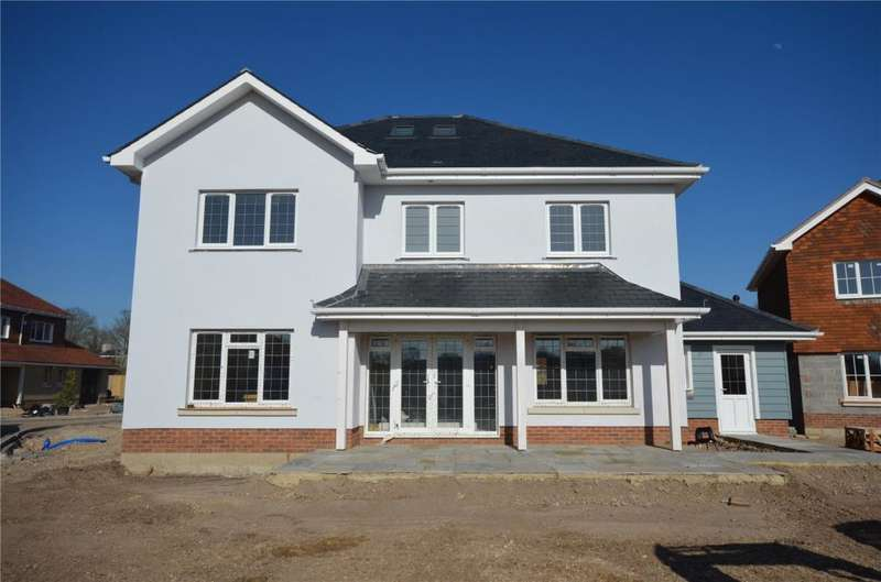 4 Bedrooms Detached House for sale in Stoney Meadow, School Lane, North Mundham, Chichester,West Sussex, PO20