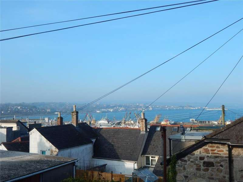 2 Bedrooms End Of Terrace House for sale in Ebenezer Place, Newlyn, Penzance