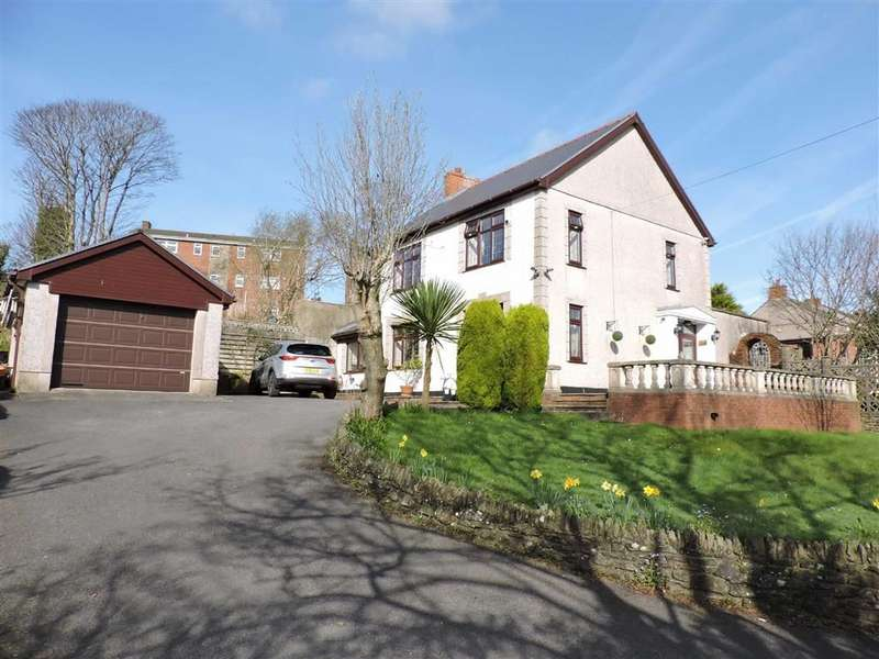 3 Bedrooms Detached House for sale in Llangyfelach Road, Brynhyfryd