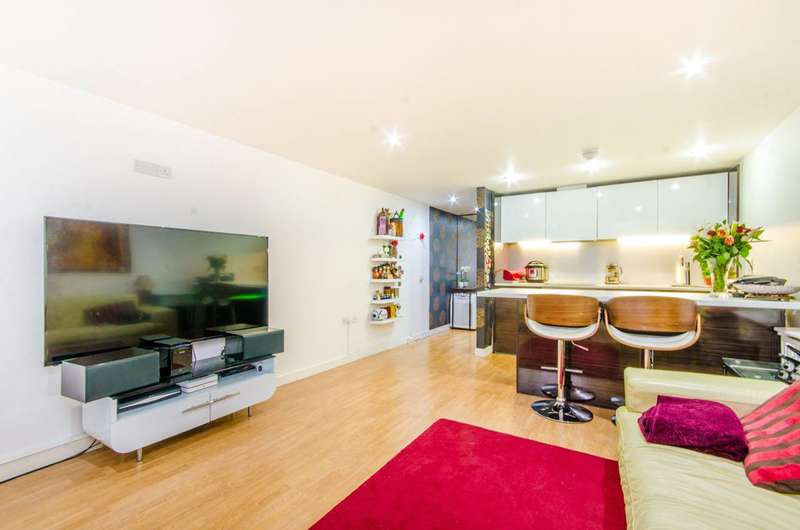 2 Bedrooms Flat for sale in Sherborne Street, Islington, N1