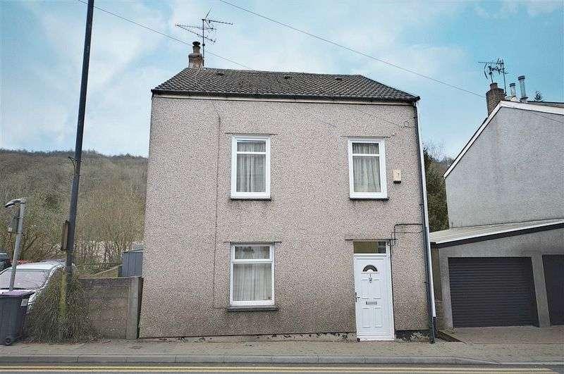 4 Bedrooms Property for sale in Station Street, Pontypool