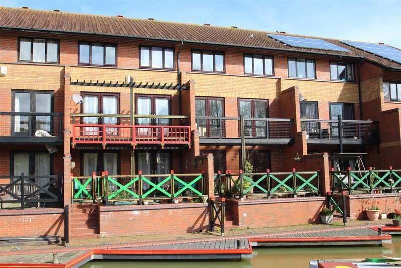 4 Bedrooms House for sale in Skeats Wharf, Pennyland, Milton Keynes