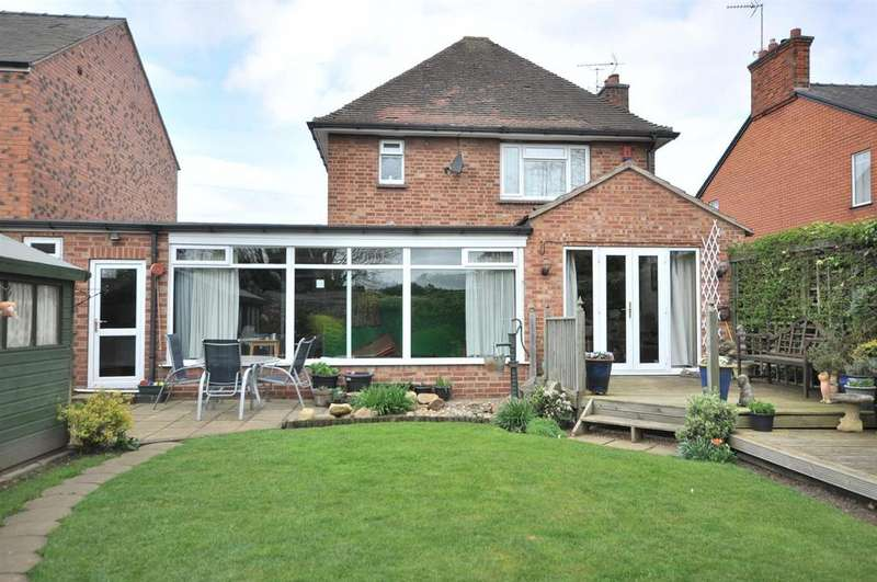 3 Bedrooms Detached House for sale in London Road, New Balderton, Newark