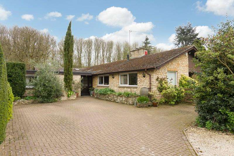 5 Bedrooms Detached Bungalow for sale in Cartwright Gardens, Aynho, Banbury
