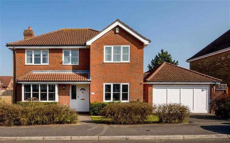 4 Bedrooms Detached House for sale in Cherrywood Rise, Ashford, Kent