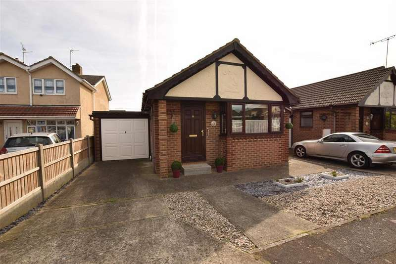 1 Bedroom Detached Bungalow for sale in Brandenburg Road, Canvey Island