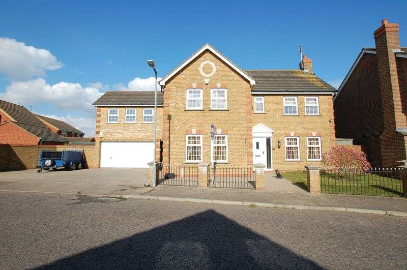 5 Bedrooms Detached House for sale in Orsett