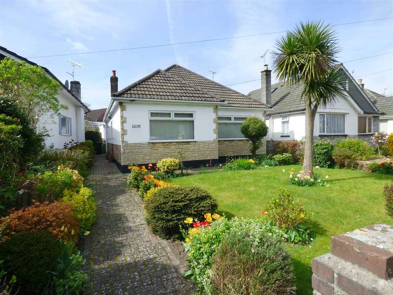 2 Bedrooms Detached Bungalow for sale in TWO BEDROOM DETACHED BUNGALOW IN NORTHBOURNE