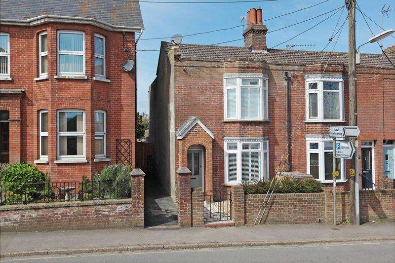 3 Bedrooms Semi Detached House for sale in Cuckfield Road, Hurstpierpoint, West Sussex,