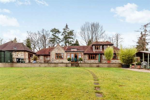 4 Bedrooms Detached House for sale in Lady Meadow, Kings Langley, Hertfordshire