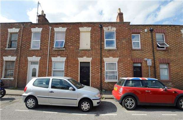 2 Bedrooms Terraced House for sale in Albert Street, CHELTENHAM, Gloucestershire, GL50 4HS