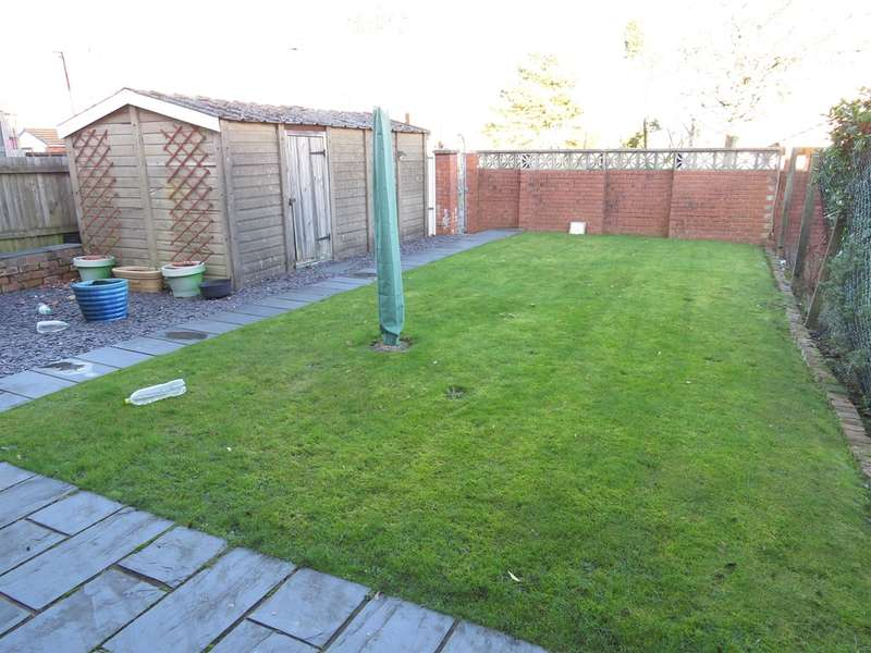 3 Bedrooms Terraced House for sale in Chemical Road, Morriston, Swansea