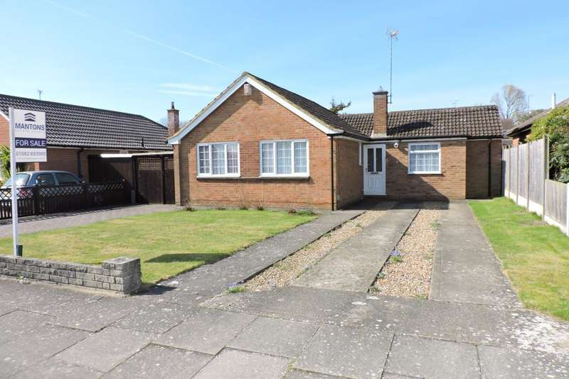 3 Bedrooms Bungalow for sale in Wistow Road, Luton, Bedfordshire, LU3 2UR