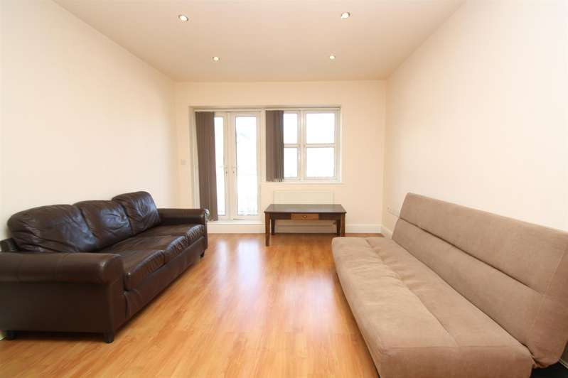 1 Bedroom Property for sale in Park Road, Southgate, London N14