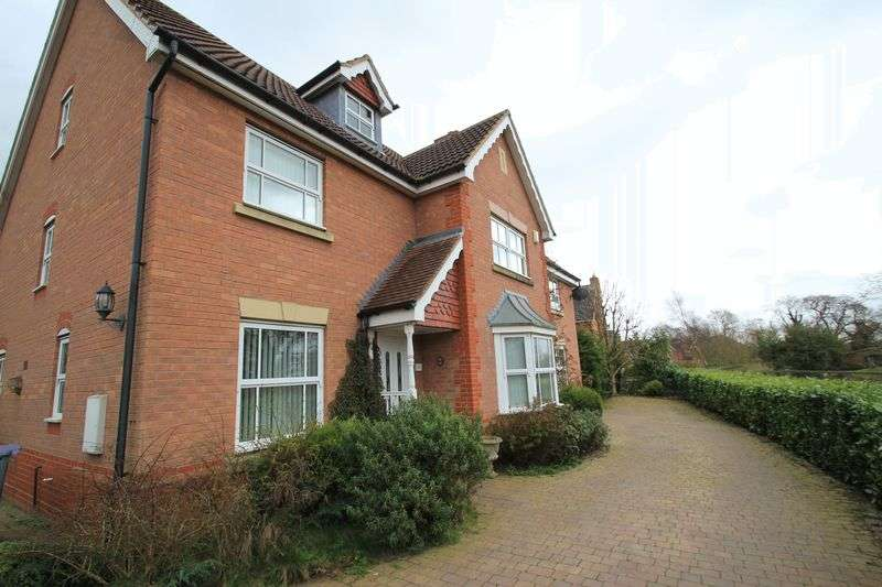6 Bedrooms Detached House for sale in Walhouse Drive, Penkridge, Stafford, ST19 5SP