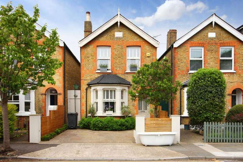 4 Bedrooms Detached House for sale in Canbury Avenue, Kingston upon Thames, KT2
