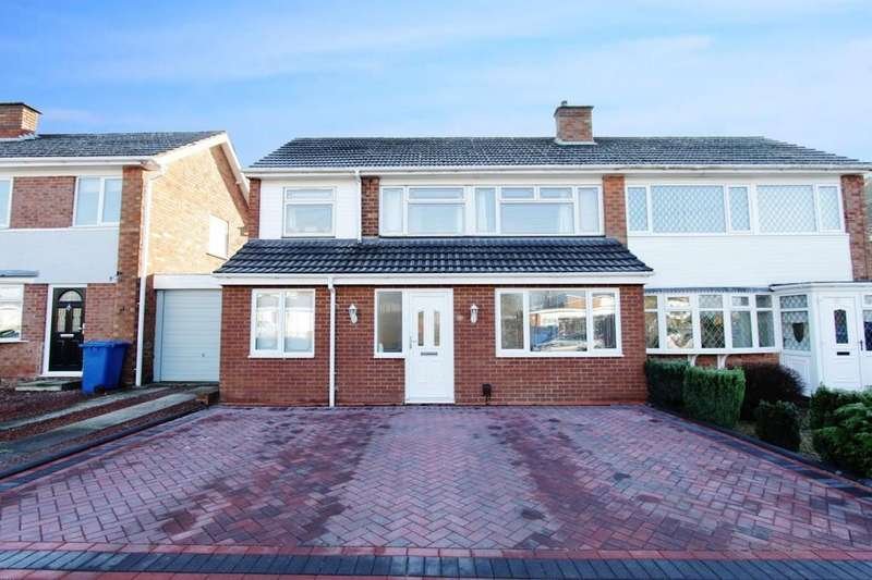 3 Bedrooms Semi Detached House for sale in Clifton Avenue, Tamworth
