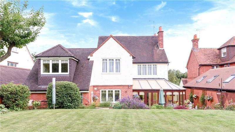5 Bedrooms Detached House for sale in Oak Tree Road, Tilehurst, Reading, Berkshire, RG31